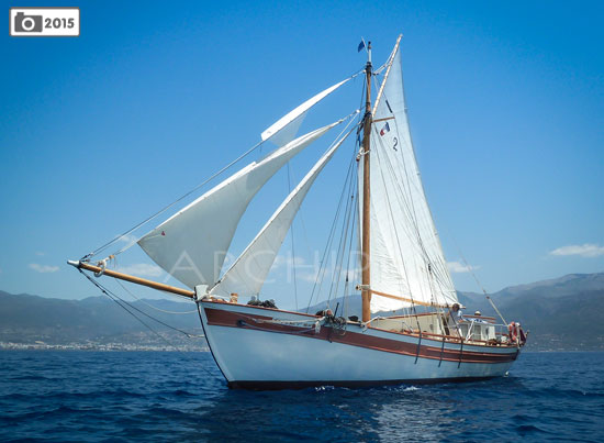 cruise cyclades sailboat